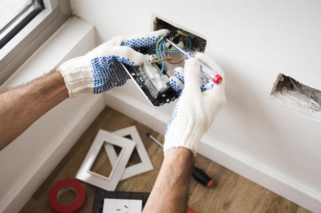 Faire une rénovation électrique: les étapes à suivre